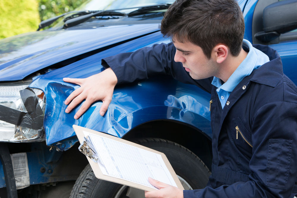 Keep Money in Your Pocket With Auto Body Repairs