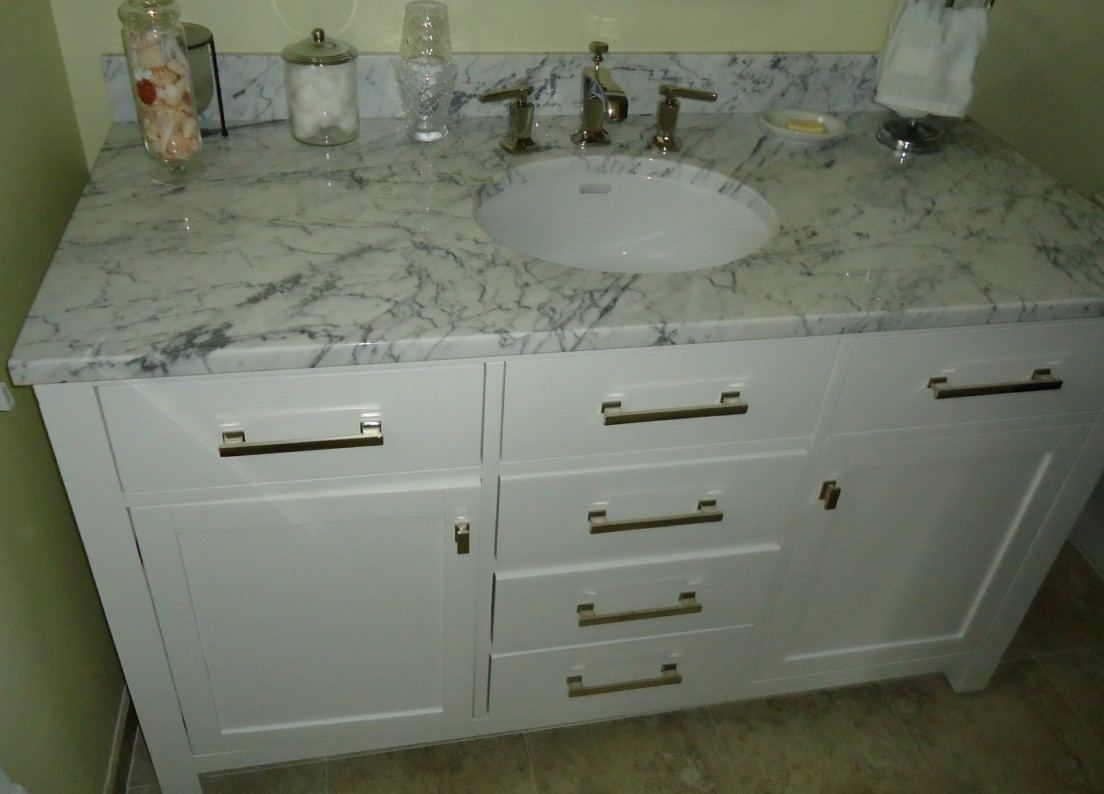 Give Your Bathroom a Makeover with Custom Bathroom Vanities