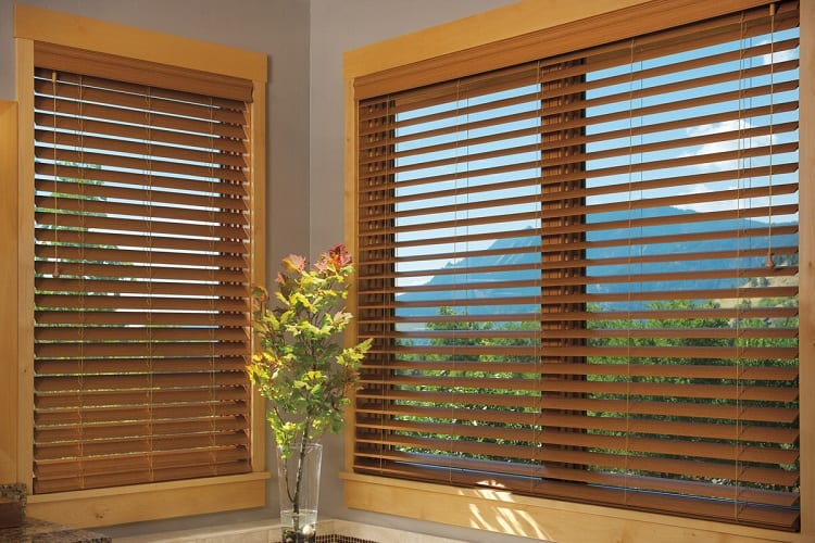 Why Are Preventive Maintenance and Cleaning Essential For Your Vertical Blinds?